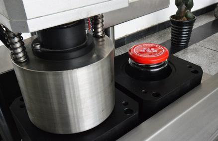 小型继电器启动水泵接线实物图